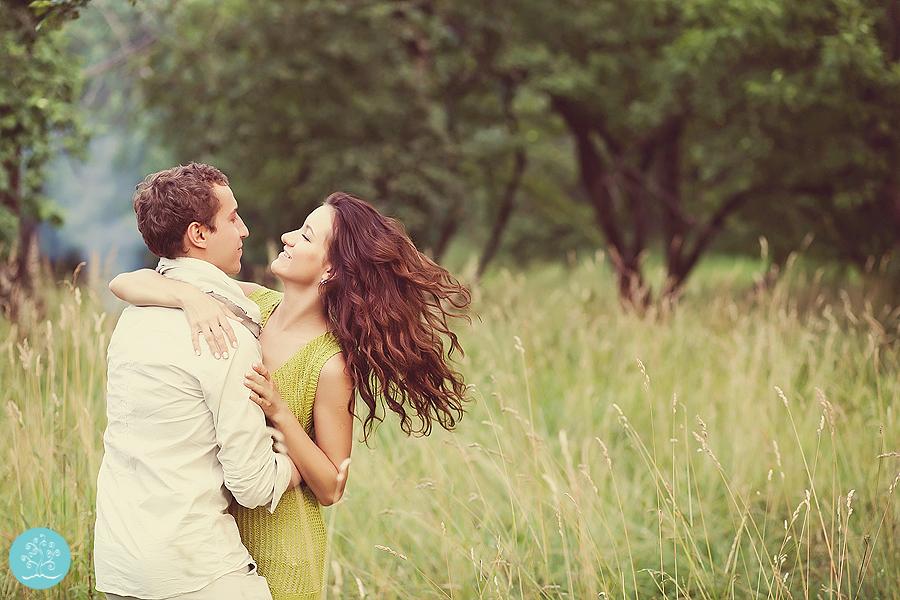 love-story-fotosessia-v-parke-37